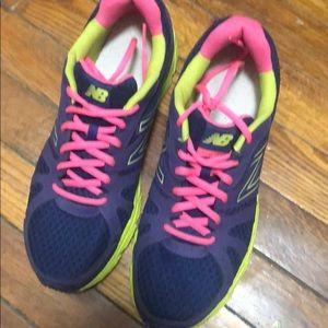New Balance Sneakers women size 9.5